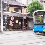 70559933 - お店の前を通る「ちん電」こと阪堺電車