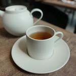 パティスリー・ケ・モンテベロ - ☆温かい紅茶でほっこり(*^^)v☆