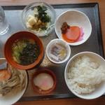 70563013 - 朝食の一例、和