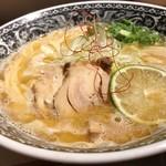 麺肴 ひづき - 限定 魚節鶏白湯ラーメン