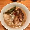 中華そば 閃 - 料理写真:煮たまごごま中華そば