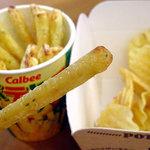 カルビープラス - ポテりこ サラダ味310円税込