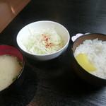 70570644 - ご飯味噌汁
