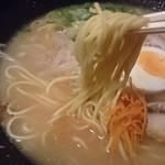 浪花 阿吽亭 - 中細のストレート麺