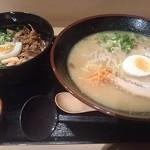 浪花 阿吽亭 - 醤油ラーメンとチャーシュー丼