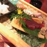 個室居酒屋 番屋 - 本日の鮮魚五点舟形盛り合わせ