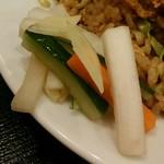 リトル成都 - 【ランチ】ピリッと辛いお漬物