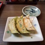 70582974 - ランチセットの焼き餃子(3個)