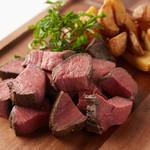 焼きの熟成赤身肉 100g