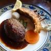 洋食屋満里奈 - 料理写真:日替わりランチ(鮭フライ&ハンバーグ)