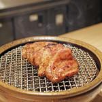 70597105 - 天城(静岡)黒豚の炭火焼き