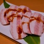 万葉 - 近江ミルク豚バラ(500円)
