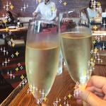 RIGOLETTO WINE AND BAR - かんぱーい♡ シャルドネ ブリュット スプマンテ