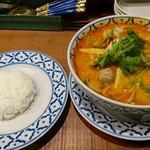 タイ料理バル タイ象 - トムヤムラーメンと小ジャスミンライス