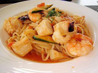 ピア21 - 海の幸と夏野菜の猟師風スパゲッティ