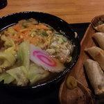 味里 - 料理写真:天ぷらうどん&揚げ餃子