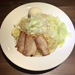 らあめん 広 - 味玉広島つけ麺(大盛)の麺
