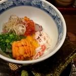 魚菜 由良 - 魚貝バクダン