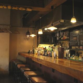 バーとしてもカフェとしても…普段使いに最適なイタリアンバール