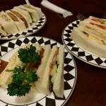青山コーヒー舎 - 好きなサンドイッチを好きなだけ