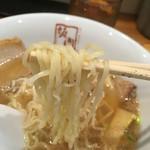喜多方ラーメン 坂内 - 細麺