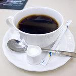 喫茶室ルノアール - ビターブレンド、660円。