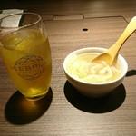赤身焼肉 寿香苑 あかつき - ソフトドリンクとスープはおかわり自由