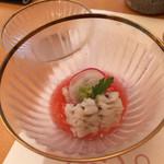 和・菜・肴 千とせ家 - 前菜は鱧の梅肉、季節だね^ ^