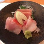 和・菜・肴 千とせ家 - お刺身三種