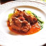 ヴェリータ - ランチコース メイン 鶏肉のトマト煮