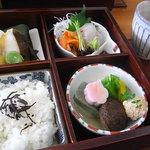 京料理 清水 - 3000円弁当(椀+お漬物+デザート付)