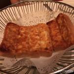 Hy's STEAKHOUSE - 料理写真:こいつはシンプルだけど旨かった!