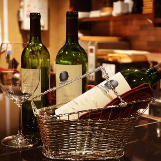 日本未上陸カリフォルニアワインや、ソムリエ厳選世界のワイン!