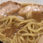 上州山賊麺 大大坊 - 食べてる途中で、ごめんなさい。       アプリのトラブルで、写真が撮れていませんでした。特製山賊麺 醤油。900円。