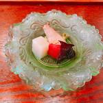 蔵精 - 玉ねぎとパプリカ 生のキクラゲがコリコリ。