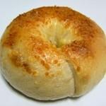 COBO pan - ひよこ豆カレーチーズインベーグル
