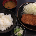 とん竹 - とんかつ定食 850円