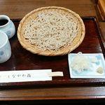70655985 - ミシュラン蕎麦の到着です。まずは細麺から!