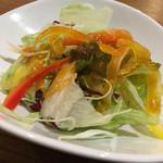 ステーキハウスB&M - セットのサラダ