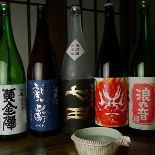 春夏秋冬、季節に合った日本酒ですっきり、さっぱりと。