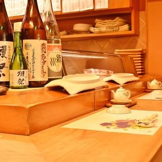日本酒・焼酎・ワインなど、各種取り揃えています。
