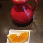 70668243 - 食後に、そば湯とオレンジが出されました