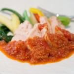 BISTRONOMIE CANVAS - 鶏むね肉のソテー トマトソース。肉がしっとりしてて美味しかったです。付け合わせの野菜もこれまた美味かった。