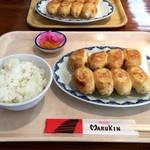 丸金餃子 - 餃子1人前ライス 小ライスで700円に