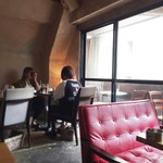 cafe&dining nurikabe - テラス席もあります