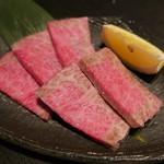 炭火焼肉 名牛 田尻 - 料理写真:極上カルビ(1800円)