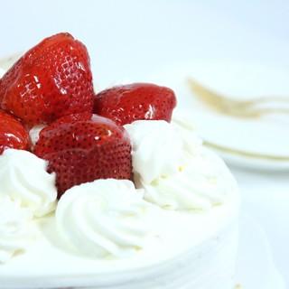 【お誕生日にぴったり!ホールケーキ付き】アニバーサリープラン