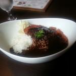 アニバーサリー - ポークカツレツのカレーランチ¥1300 (オニオンスープとグリーンサラダがセット)
