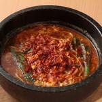 全席個室九州酒場 灯 - 地獄の辛麺(25辛チャレンジしてみませんか!?)