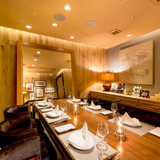 周りを気にせず、ゆっくりとお食事を堪能できる完全個室!